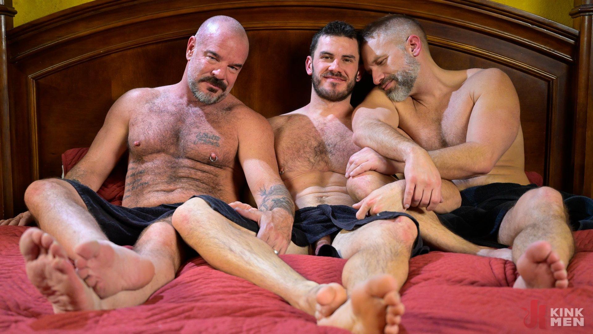 Photo number 33 from Homo Alone, Part One: Vander Pulaski Taken Down in Home Invasion shot for Bound Gods on Kink.com. Featuring Dirk Caber, Jack Dyer and Vander Pulaski in hardcore BDSM & Fetish porn.