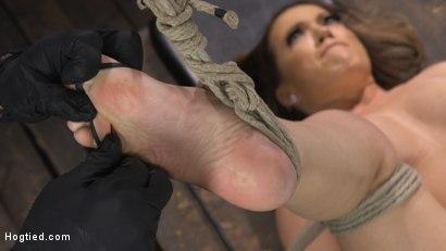 Photo number 16 from Carmen Valentina: The Brutal Bondage Basics! shot for Hogtied on Kink.com. Featuring Carmen Valentina in hardcore BDSM & Fetish porn.