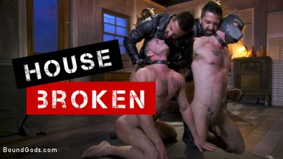 Housebroken: Beefy Underwear Pervert Breaks Into The Wrong House