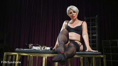 KINKY JOI: Good Pets Worship Helena's Feet in Stockings