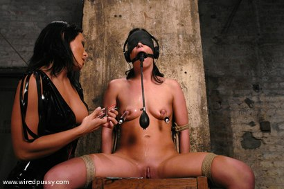 Photo number 2 from Sandra Romain and Ariel X shot for Wired Pussy on Kink.com. Featuring Sandra Romain and Ariel X in hardcore BDSM & Fetish porn.