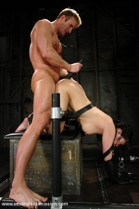 Photo number 9 from Kaiya Lynn shot for Sex And Submission on Kink.com. Featuring TJ Cummings and Kaiya Lynn in hardcore BDSM & Fetish porn.
