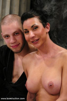 Photo number 15 from BONUS UPDATE shot for TS Seduction on Kink.com. Featuring Ariel Everitts and Wolf Hudson in hardcore BDSM & Fetish porn.