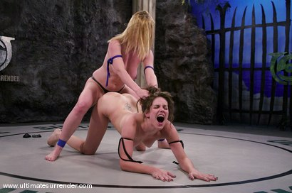 Photo number 12 from SUMMER VENGEANCE<BR>The Killer(4-1) Ranked 4th<br>The Grappler(6-4) Ranked 5th shot for Ultimate Surrender on Kink.com. Featuring Dee Williams and Bobbi Starr in hardcore BDSM & Fetish porn.