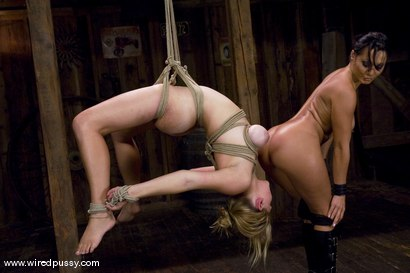 Photo number 10 from Sandra Romain and Sara Scott shot for Wired Pussy on Kink.com. Featuring Sandra Romain and Sara Scott in hardcore BDSM & Fetish porn.