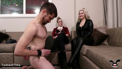 AVN Creeper Gets The Violet Doll And Breton MacQueen Treatment