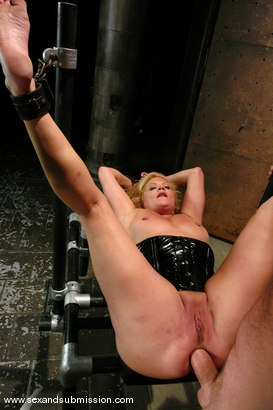 Photo number 14 from The Submission of Ginger Lynn shot for Sex And Submission on Kink.com. Featuring Mark Davis and Ginger Lynn in hardcore BDSM & Fetish porn.