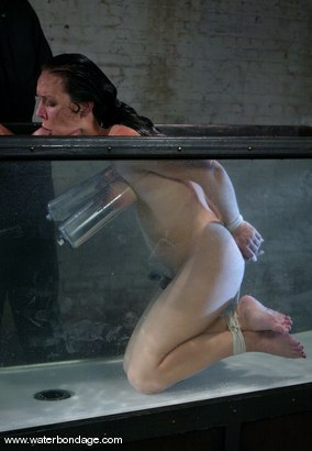 Photo number 12 from Julie Night Jams! shot for Water Bondage on Kink.com. Featuring Julie Night in hardcore BDSM & Fetish porn.