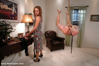 Photo number 6 from Billy and Gwen Diamond shot for Men In Pain on Kink.com. Featuring Billy and Gwen Diamond in hardcore BDSM & Fetish porn.