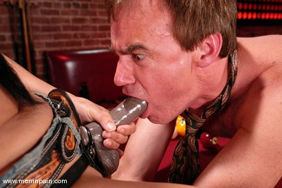 Photo number 6 from Stripper gone Bad shot for Men In Pain on Kink.com. Featuring Kitty Langdon and Wild Bill in hardcore BDSM & Fetish porn.