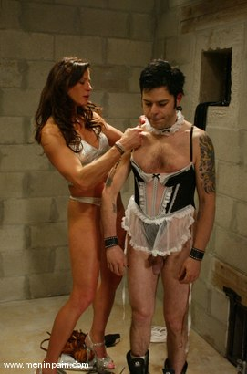 Photo number 12 from Brandon and Kym Wilde shot for Men In Pain on Kink.com. Featuring Brandon and Kym Wilde in hardcore BDSM & Fetish porn.