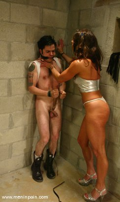 Photo number 7 from Brandon and Kym Wilde shot for Men In Pain on Kink.com. Featuring Brandon and Kym Wilde in hardcore BDSM & Fetish porn.
