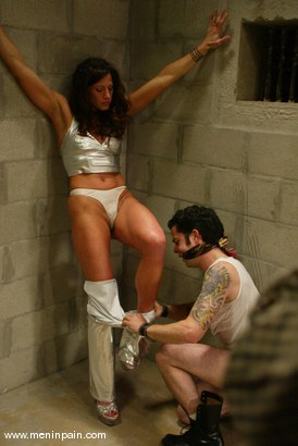 Photo number 4 from Brandon and Kym Wilde shot for Men In Pain on Kink.com. Featuring Brandon and Kym Wilde in hardcore BDSM & Fetish porn.