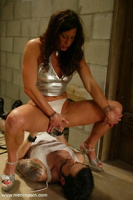 Photo number 11 from Brandon and Kym Wilde shot for Men In Pain on Kink.com. Featuring Brandon and Kym Wilde in hardcore BDSM & Fetish porn.