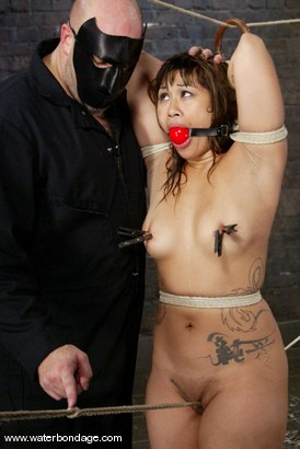 Photo number 5 from Dragonlilly & The Sarge shot for Water Bondage on Kink.com. Featuring Sgt. Major and DragonLily in hardcore BDSM & Fetish porn.