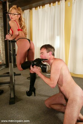 Photo number 11 from Janay and Wild Bill shot for Men In Pain on Kink.com. Featuring Wild Bill and Janay in hardcore BDSM & Fetish porn.