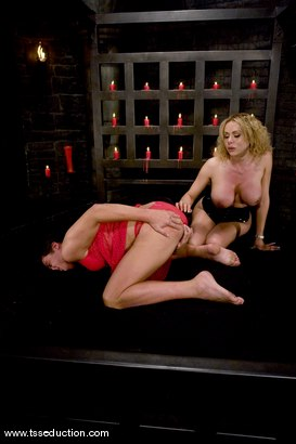 Photo number 10 from Gia Darling and Julian shot for TS Seduction on Kink.com. Featuring Gia Darling and Julian Fornatora in hardcore BDSM & Fetish porn.