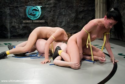 Photo number 6 from TAG TEAM  <BR>The Dragon & The Badger<br> vs <br> The Assassin & The Rogue shot for Ultimate Surrender on Kink.com. Featuring Ariel X, DragonLily, Amber Rayne and Alexa Von Tess in hardcore BDSM & Fetish porn.