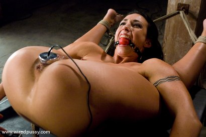 Photo number 10 from Wenona put into extreme bondage!!! shot for Wired Pussy on Kink.com. Featuring Wenona in hardcore BDSM & Fetish porn.