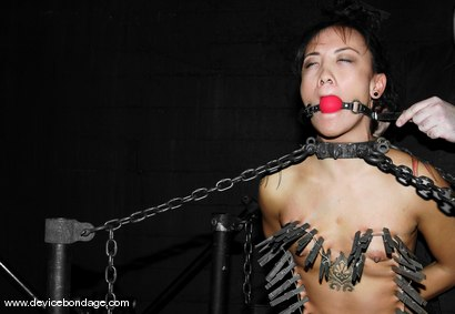 Photo number 11 from Zipper shot for Device Bondage on Kink.com. Featuring Jandi Lin in hardcore BDSM & Fetish porn.