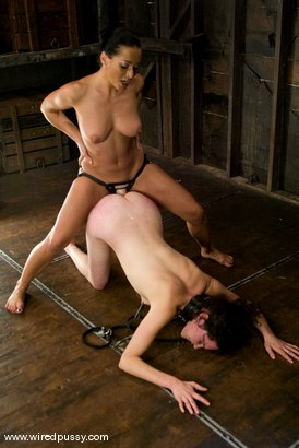 Photo number 9 from Fresh Meat shot for Wired Pussy on Kink.com. Featuring Sandra Romain and Aster in hardcore BDSM & Fetish porn.