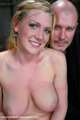 Photo number 15 from Voluptuous Vonn shot for Sex And Submission on Kink.com. Featuring Mark Davis and Victoria Vonn in hardcore BDSM & Fetish porn.