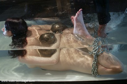 Photo number 12 from Dana DeArmond shot for Water Bondage on Kink.com. Featuring Dana DeArmond in hardcore BDSM & Fetish porn.