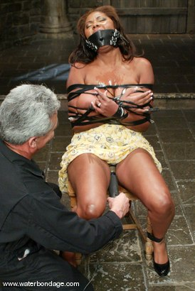 Photo number 4 from Candace Von shot for Water Bondage on Kink.com. Featuring Candace Von in hardcore BDSM & Fetish porn.