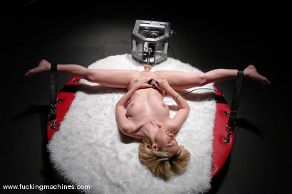 Photo number 6 from Samantha Sin is on the naughty list shot for Fucking Machines on Kink.com. Featuring Samantha Sin in hardcore BDSM & Fetish porn.