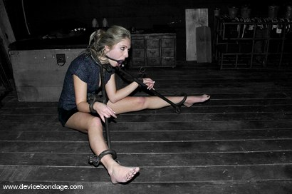 Photo number 11 from Sara Faye Live, Part 1 shot for Device Bondage on Kink.com. Featuring Sara Faye and Jaelyn Fox in hardcore BDSM & Fetish porn.