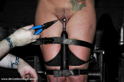Photo number 8 from Sara Faye Live, Part 1 shot for Device Bondage on Kink.com. Featuring Sara Faye and Jaelyn Fox in hardcore BDSM & Fetish porn.