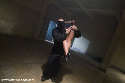 Photo number 1 from The Sarge Meets Gianna Lynn shot for Water Bondage on Kink.com. Featuring Sgt. Major and Gianna Lynn in hardcore BDSM & Fetish porn.