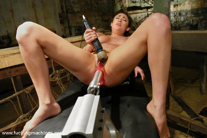 Photo number 14 from Trapping and Strapping Down Gwen Diamond shot for Fucking Machines on Kink.com. Featuring Gwen Diamond in hardcore BDSM & Fetish porn.