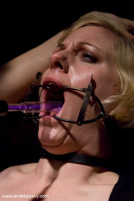 Photo number 5 from The Dentist shot for Wired Pussy on Kink.com. Featuring Sabina in hardcore BDSM & Fetish porn.