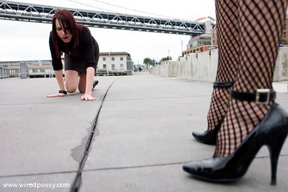 Photo number 13 from Dana DeArmond shot for Wired Pussy on Kink.com. Featuring Dana DeArmond in hardcore BDSM & Fetish porn.