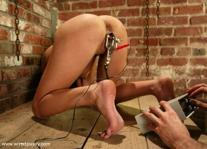 Photo number 10 from Ramona shot for Wired Pussy on Kink.com. Featuring Ramona in hardcore BDSM & Fetish porn.