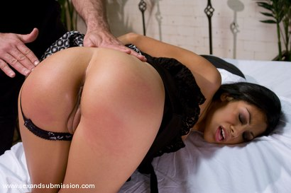 Photo number 5 from The Massage shot for Sex And Submission on Kink.com. Featuring Steven St. Croix and Cassandra Cruz in hardcore BDSM & Fetish porn.