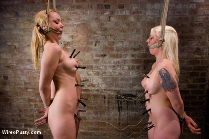Photo number 1 from Switch: Lorelei Lee VS Anette Schwarz shot for Wired Pussy on Kink.com. Featuring Annette Schwarz and Lorelei Lee in hardcore BDSM & Fetish porn.