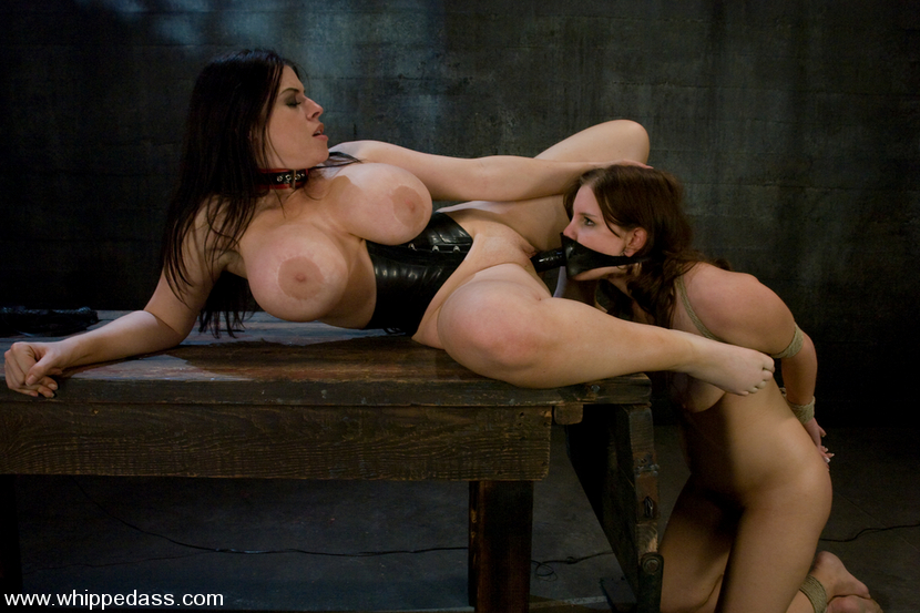 Latex mistress dominates her sex slave hunk 4