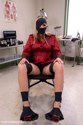 Photo number 3 from Slut Therapy shot for Wired Pussy on Kink.com. Featuring Delilah Strong in hardcore BDSM & Fetish porn.