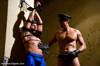 Photo number 1 from Master Van Darkholme and slave finn damion shot for Bound Gods on Kink.com. Featuring Van Darkholme and Finn Damion in hardcore BDSM & Fetish porn.