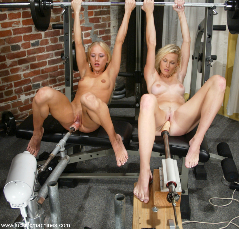 Squirting Blonds