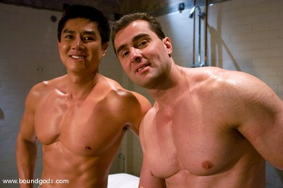 Photo number 15 from The Straight Bodybuilder shot for Bound Gods on Kink.com. Featuring Van Darkholme and Nick Armani in hardcore BDSM & Fetish porn.
