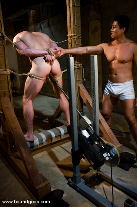 Photo number 11 from The Straight Bodybuilder shot for Bound Gods on Kink.com. Featuring Van Darkholme and Nick Armani in hardcore BDSM & Fetish porn.