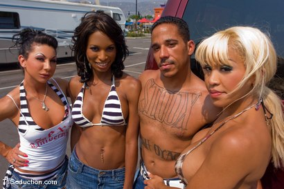 Photo number 2 from Road Trip day 4 shot for TS Seduction on Kink.com. Featuring Natassia Dreams, Ariel Everitts, Jessica Host, Lobo and Jesse in hardcore BDSM & Fetish porn.