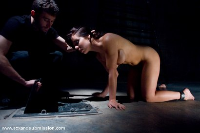 Photo number 6 from Beverly Hills shot for Sex And Submission on Kink.com. Featuring James Deen and Beverly Hills in hardcore BDSM & Fetish porn.