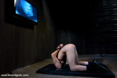 Photo number 12 from Hungry Like the Wolf shot for Bound Gods on Kink.com. Featuring Nomad and Wolf Hudson in hardcore BDSM & Fetish porn.