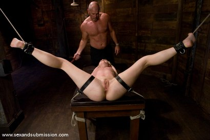 Photo number 9 from Dylan shot for Sex And Submission on Kink.com. Featuring Mark Davis and Dylan Ryan in hardcore BDSM & Fetish porn.