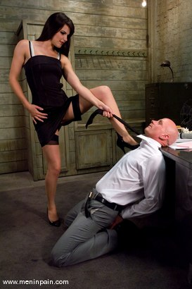 Photo number 2 from Another Day at the Office shot for Men In Pain on Kink.com. Featuring Bobbi Starr and Chad Rock in hardcore BDSM & Fetish porn.