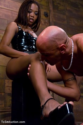 Photo number 4 from Nyobi Khan in Latex shot for TS Seduction on Kink.com. Featuring Nyobi Khan and Diezel in hardcore BDSM & Fetish porn.